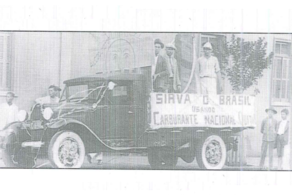 Caminhão movido a Álcool - 1938